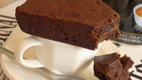 DARK_CHOCOLATE_PIE-488x276